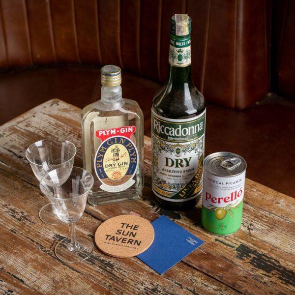 Vintage 1970s Gin Martini Kit